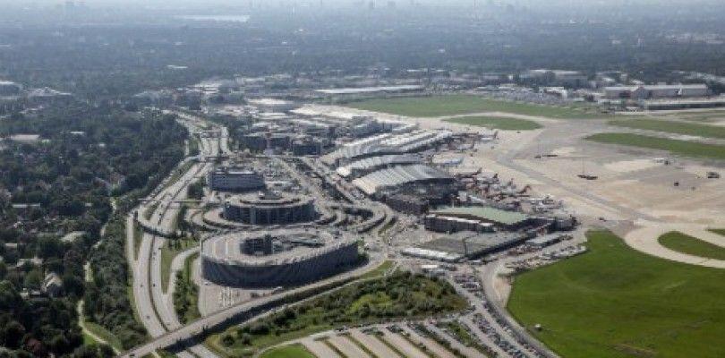 La policía en busca del piloto que voló su dron cerca del aeropuerto de Hamburgo